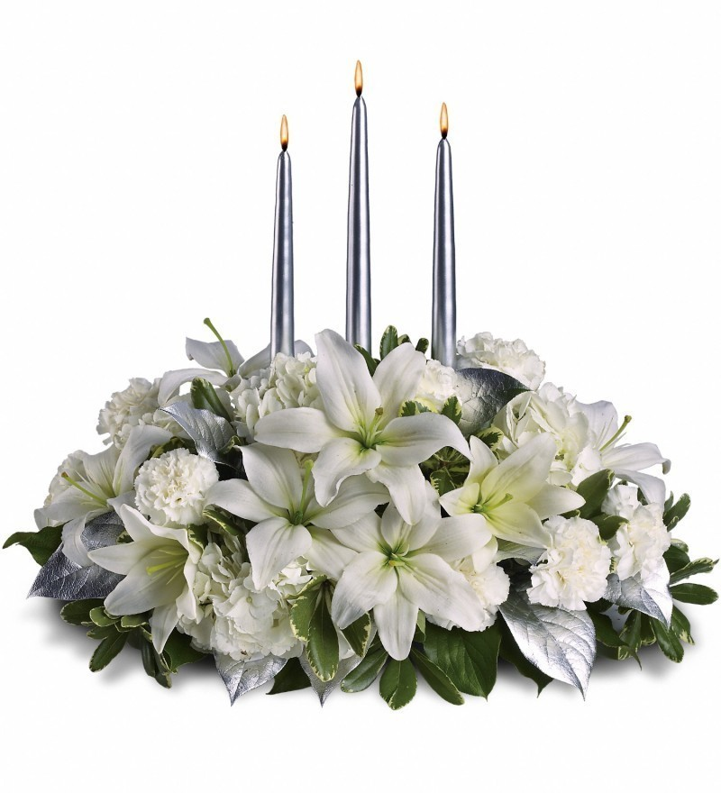 White and Silver Centrepiece